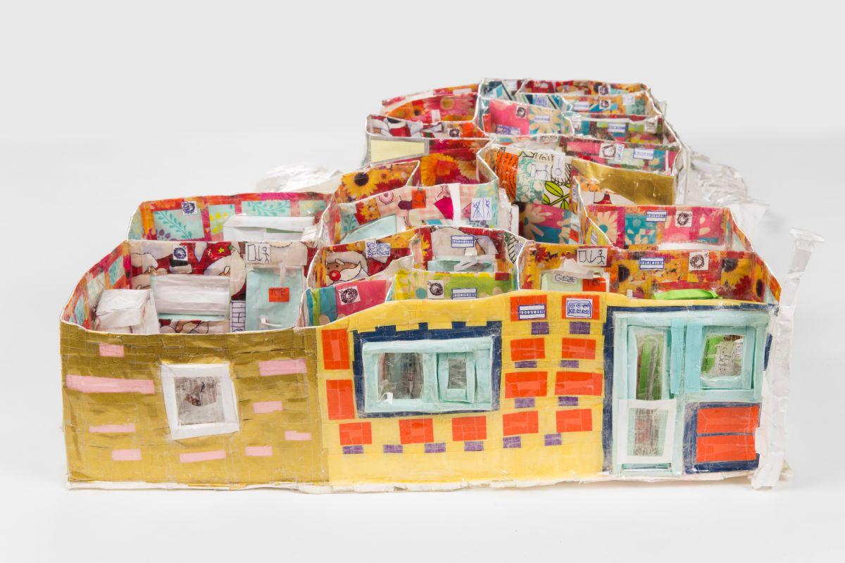 Schule, 2ter-Stock, 2017, papier, Klebeband, 60x55x14