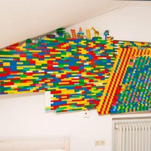 Fensterzubau, Legosteine